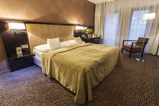 comfortable hotel in bratislava, could you recommend a hotel in bratislava, best hotels to stay in bratislava, hotel in the city centre bratislava, hotel with parking in bratislava