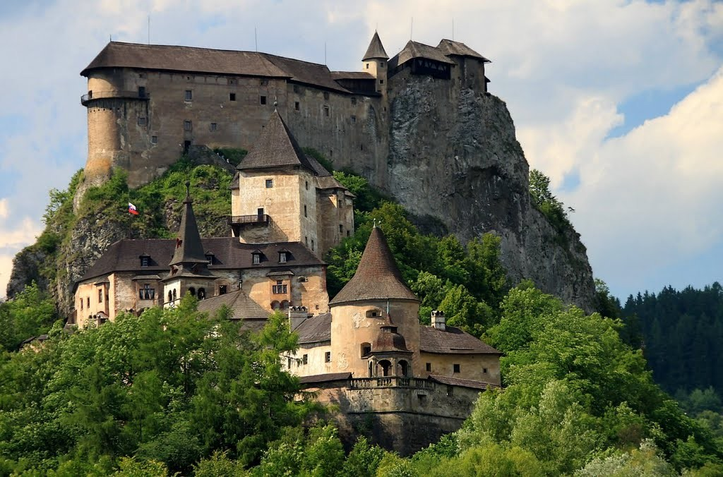 orava castle, oravsky hrad slovakia